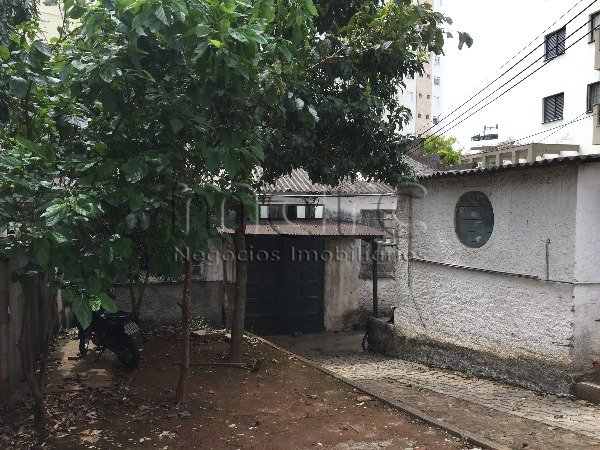 Terreno à Venda - Vila Monumento